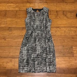H&M Sheath Dress with Keyhole back Size 8